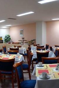 hotel_inos_lunchroom_1-2